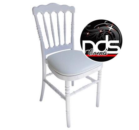 location de chaises chaise mayas with location de chaises beautiful haise parole retro chaise. Black Bedroom Furniture Sets. Home Design Ideas